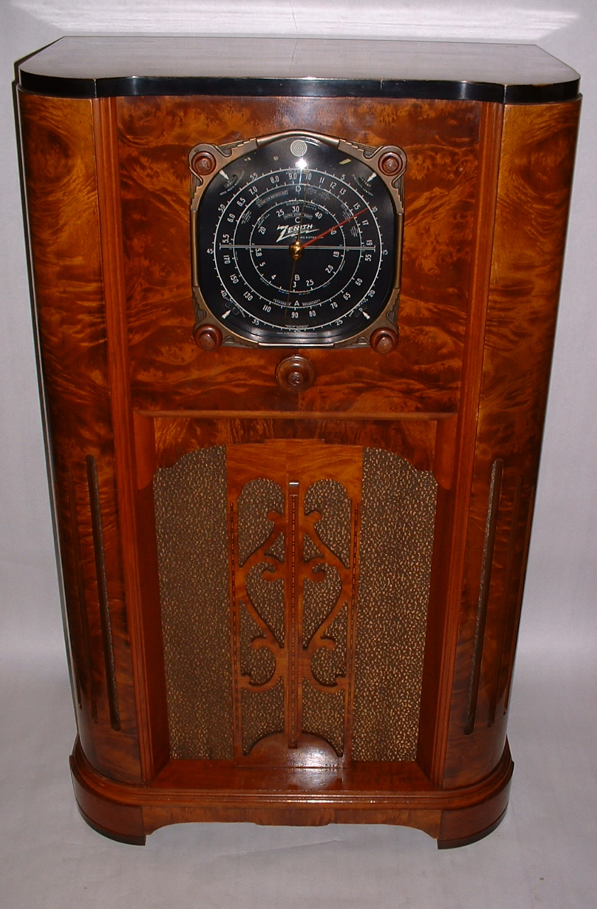 Antique Radio Forums View Topic Wtb Cabinet For Zenith